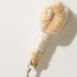 Hydréa Sisal Body Brush found on Bargain Bro UK from Oliver Bonas Ltd