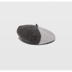 Club Monaco Grey Multi Hat Attack Colorblock Beret in Size One Size found on Bargain Bro India from Club Monaco for $17.99