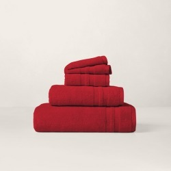 Ralph Lauren Payton Towels & Mat in True Lacquer Red - Size Body Sheet found on Bargain Bro from Ralph Lauren for USD $30.39