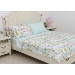 6 Piece Set - Floral Pattern Duvet Cover (Size 200x200Cm), 4 Pillow Case (Size 4x50x70+5 Cm) and Fitted Sheet - Size Double