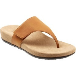 Trotters Petaluma Women's Shoes Tan 6 Medium (B) found on Bargain Bro Philippines from trotters for $39.99