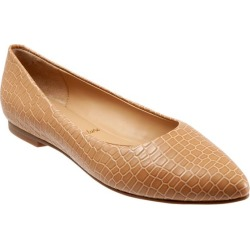 Trotters Estee Women's Shoes Nude Croco 5.5 Medium (B) found on Bargain Bro from trotters for USD $102.60