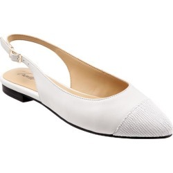 Trotters Halsey Women's Shoes White 10.5 Wide (D) found on Bargain Bro Philippines from trotters for $99.95