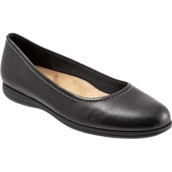 Trotters Darcey Women's Shoes Black 12 Medium (B) found on Bargain Bro from trotters for USD $75.96