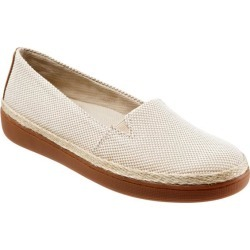 Trotters Accent Women's Shoes Natural 9 Wide (D) found on Bargain Bro India from trotters for $94.95