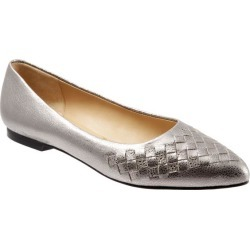 Trotters Estee Woven Women's Shoes Silver Embossed 10.5 Narrow (AA) found on Bargain Bro India from trotters for $135.00
