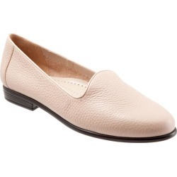 Trotters Liz Tumbled Women's Shoes Blush 11 Wide (D) found on Bargain Bro India from trotters for $99.95