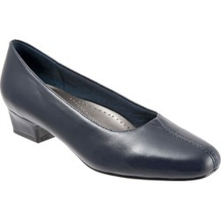Trotters Doris Women's Shoes Navy 7.5 Wide (D) found on Bargain Bro India from trotters for $94.95