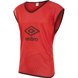 MEDIUM MESH BIBS 00 Red found on Bargain Bro UK from umbro.co.uk