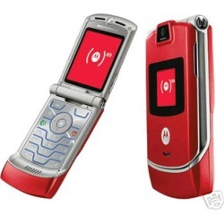 Red - Motorola v3 Razr Cell Phone, Camera, Bluetooth, GSM Phone - Unlocked