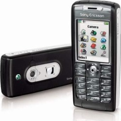 Sony Ericsson T637 Cell Phone with Bluetooth/Camera/GSM Tri-Mode - Unlocked (Black)